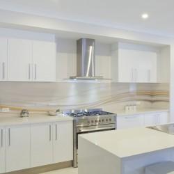 Panel szklany do kuchni kremowa fala