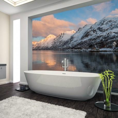 Panel szklany do łazienki góry zimą