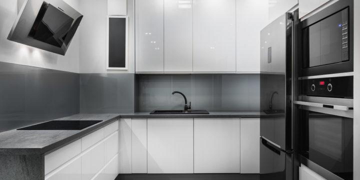 Jakie panele szklane do kuchni wybrać?